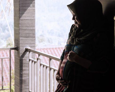 Maternity Photosession with Ajimoto Solo